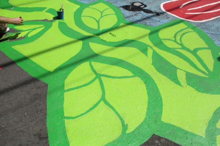 Intersection Painting Leaves